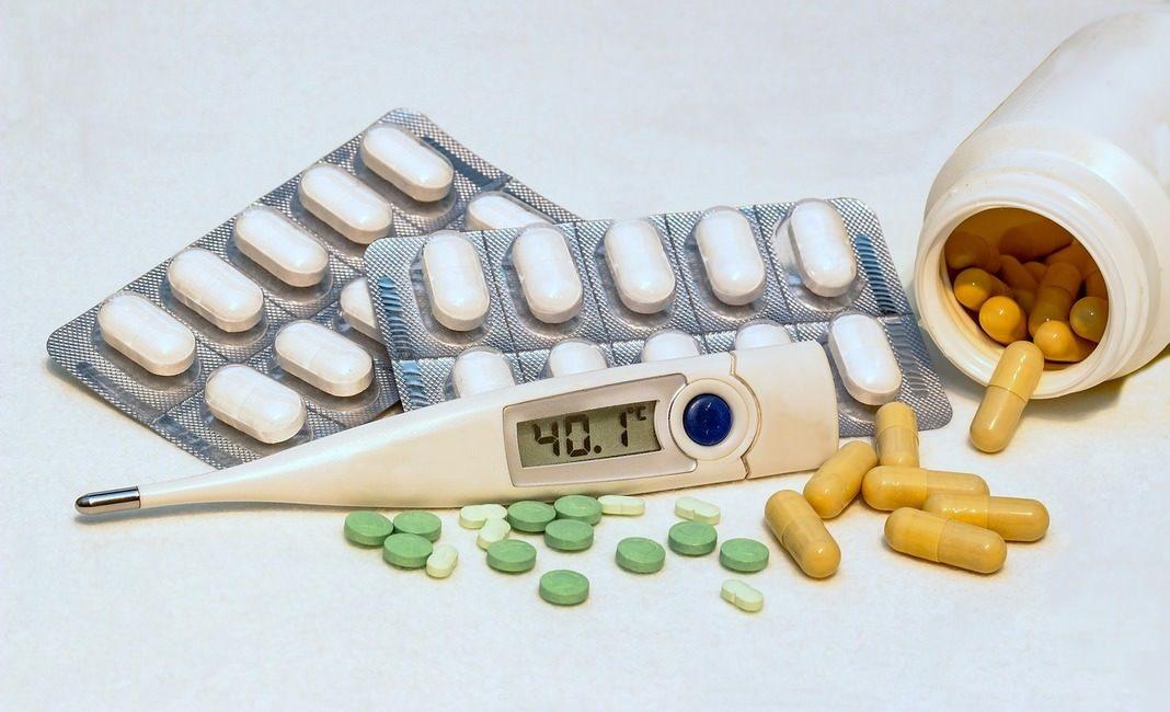 грипп, ОРВИ, термометр, градусник, таблетки, простуда