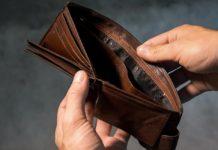 банкрот, кошелек пустой, денег нет