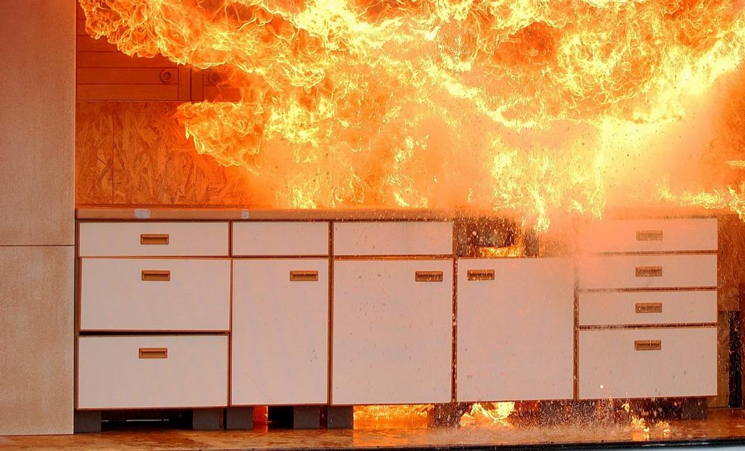 пожар, кухня